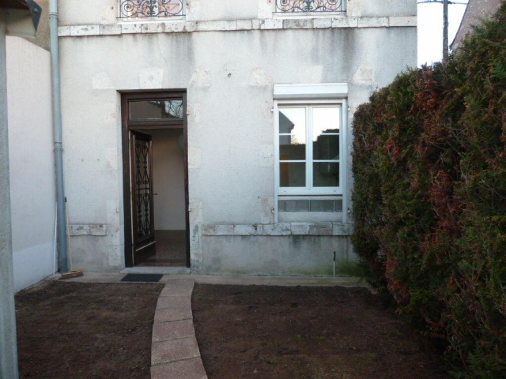 Maison à louer 5 96.3m2 à Fleury-les-Aubrais vignette-4