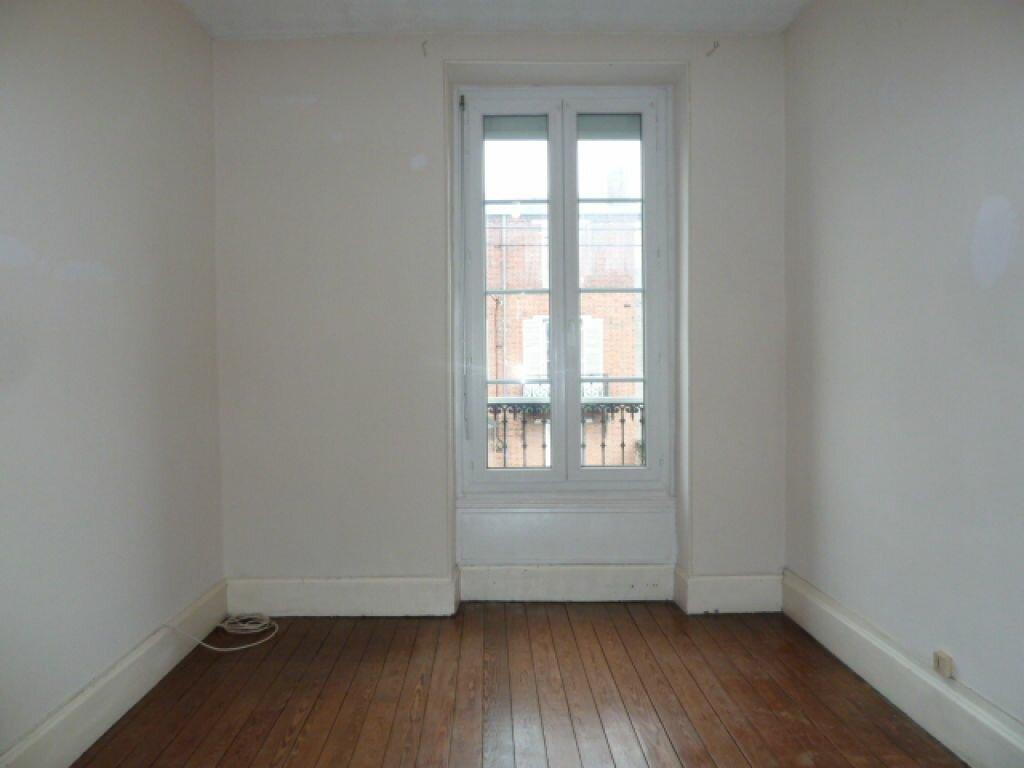 Maison à louer 5 96.3m2 à Fleury-les-Aubrais vignette-6