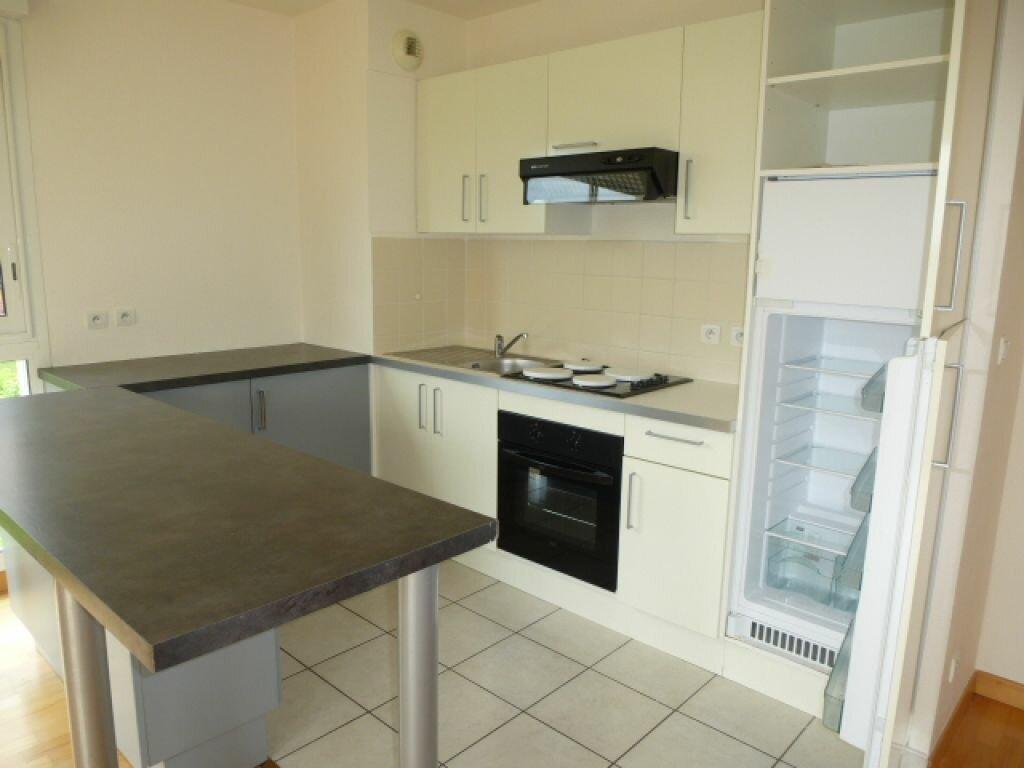 Appartement à louer 3 57m2 à La Chapelle-Saint-Mesmin vignette-2