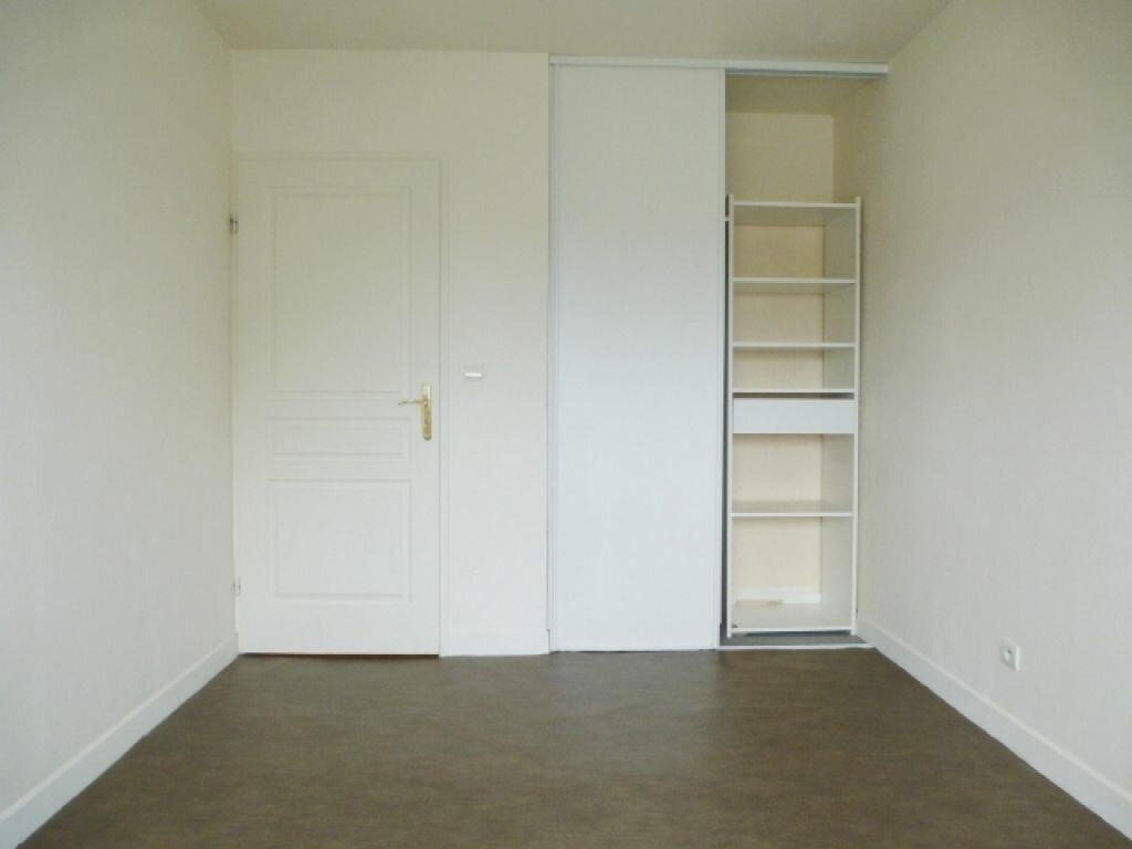Appartement à louer 3 57m2 à La Chapelle-Saint-Mesmin vignette-5