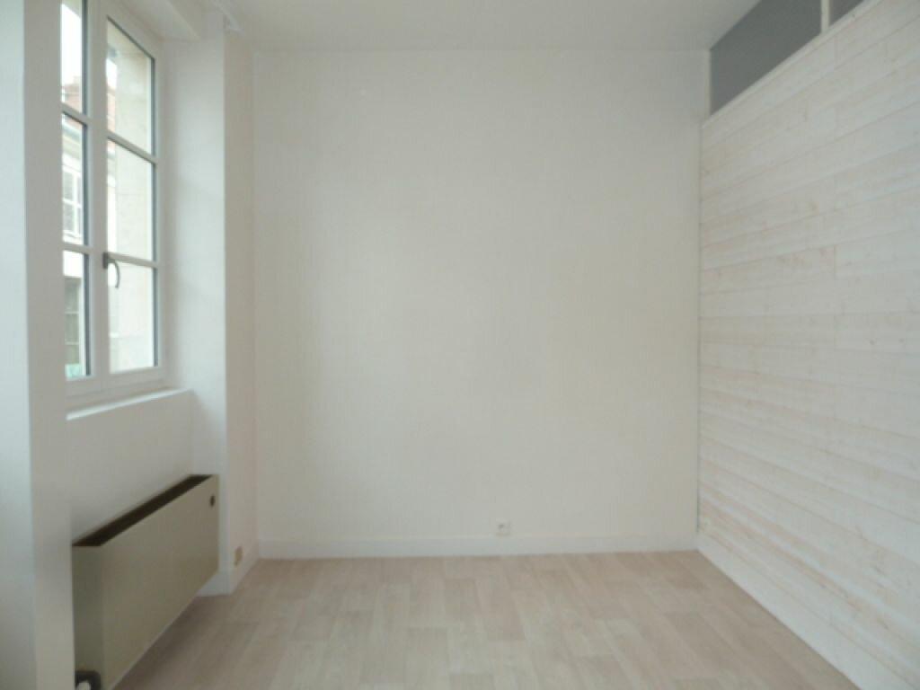 Appartement à louer 2 34m2 à Orléans vignette-8