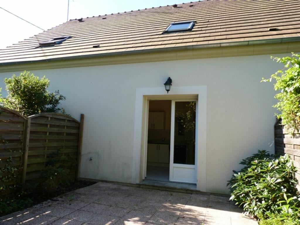 Maison à louer 3 70m2 à Gien vignette-5