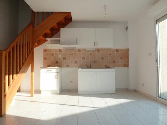 Maison à louer 3 56m2 à La Chapelle-Saint-Mesmin vignette-2