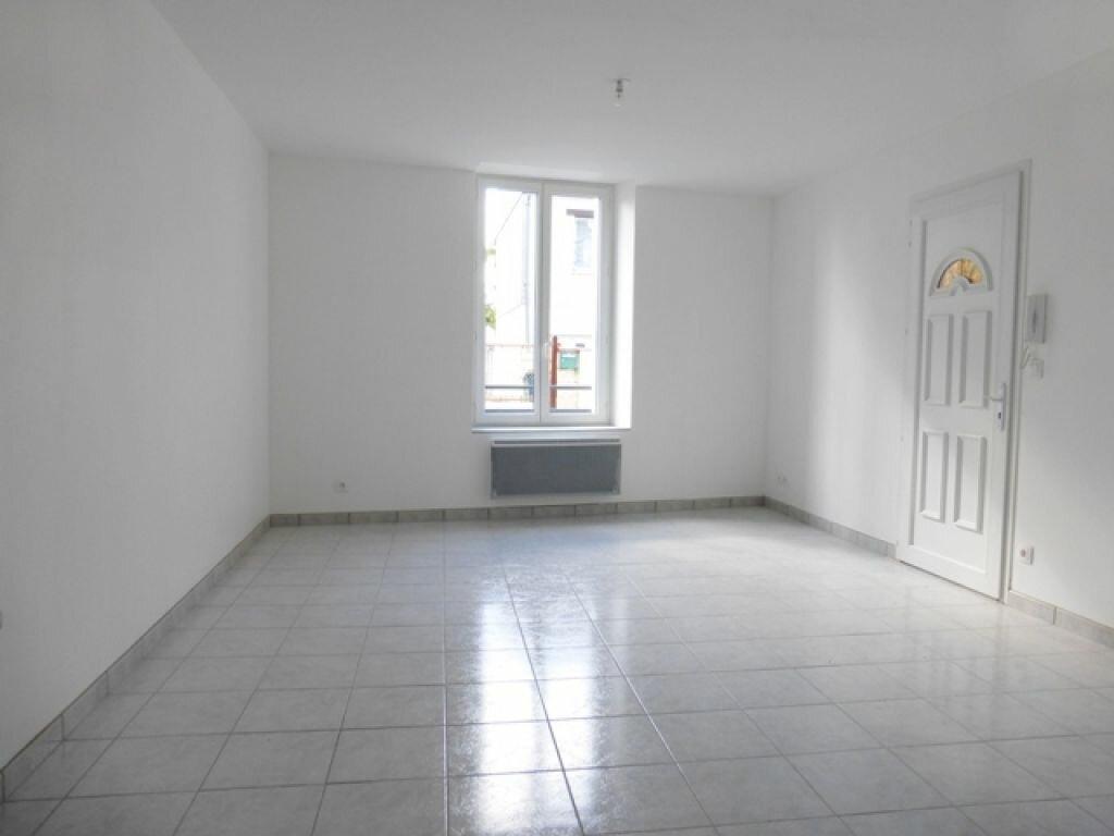 Appartement à louer 3 60m2 à Orléans vignette-1
