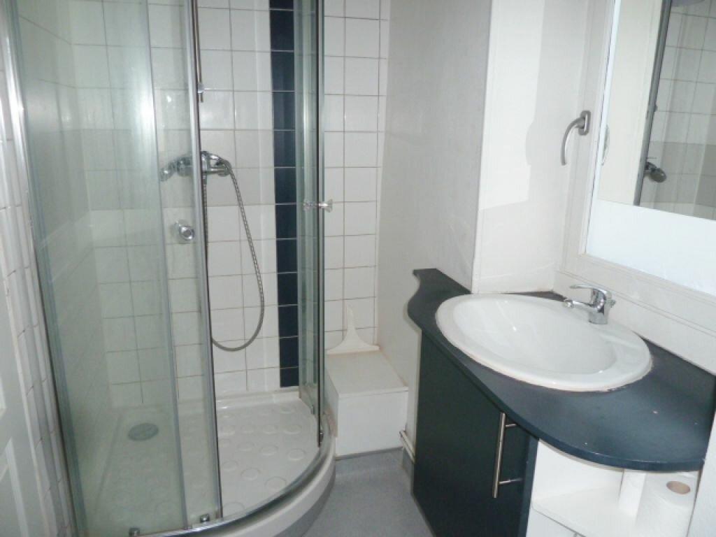 Appartement à louer 2 32m2 à Orléans vignette-5