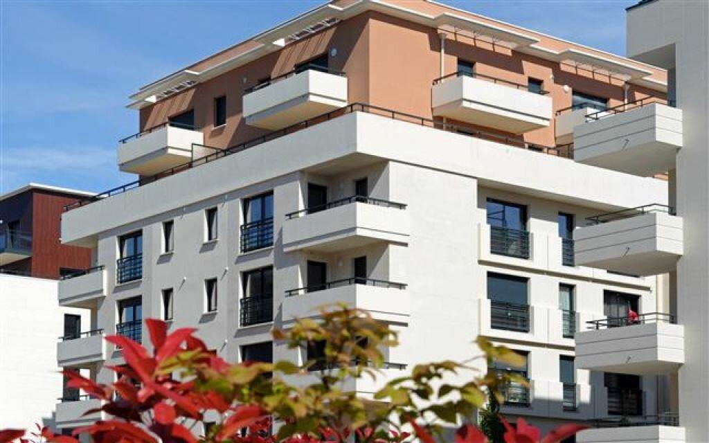 Appartement à louer 3 57m2 à Orléans vignette-1