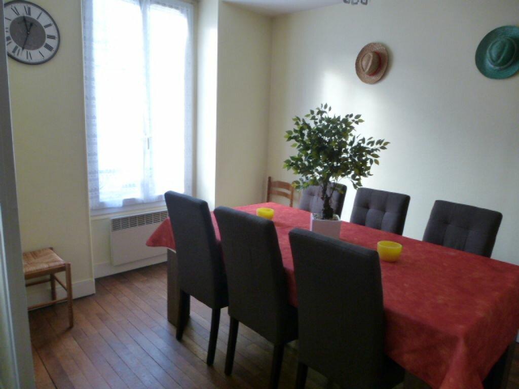 Appartement à louer 2 50.1m2 à Orléans vignette-1