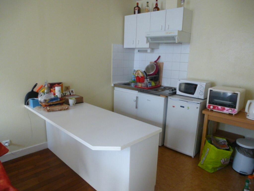 Appartement à louer 2 50.1m2 à Orléans vignette-3