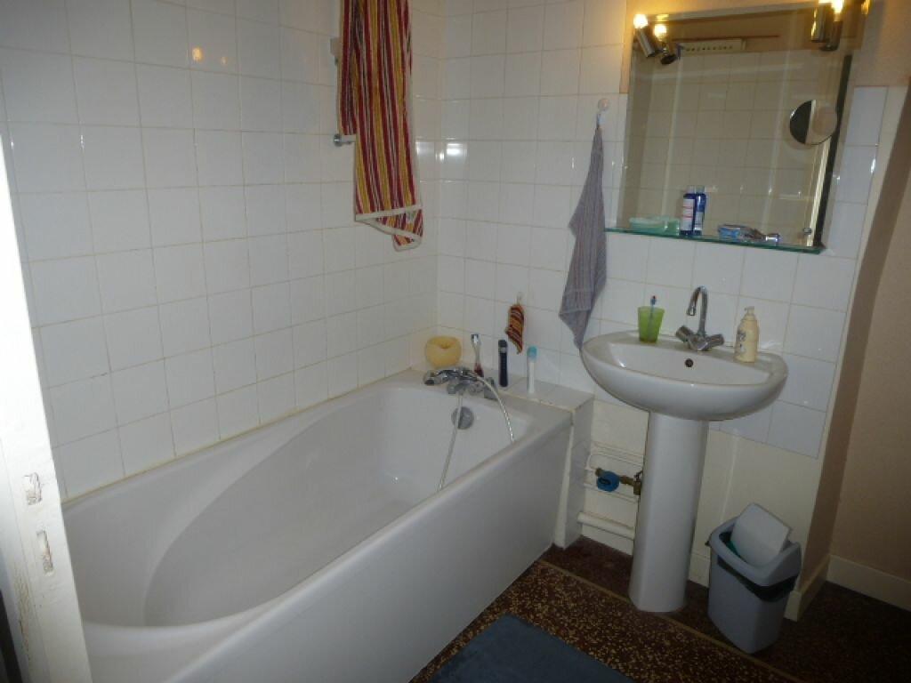 Appartement à louer 2 50.1m2 à Orléans vignette-8