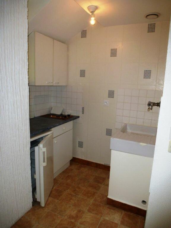 Appartement à louer 1 24.1m2 à Orléans vignette-2