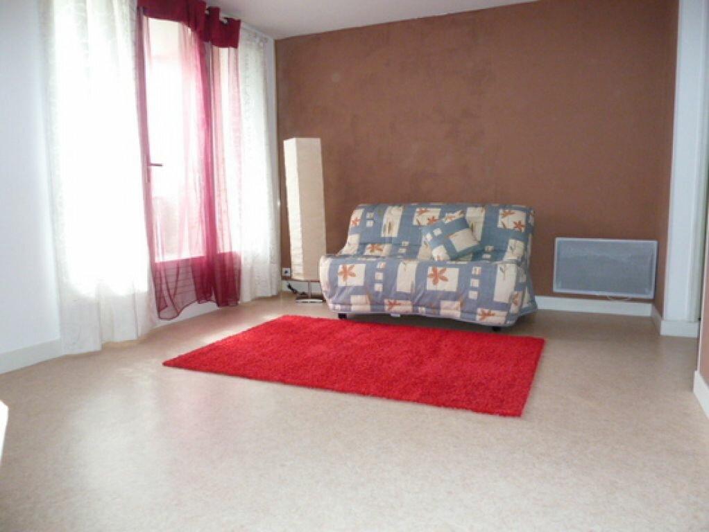 Appartement à louer 1 29m2 à Orléans vignette-7