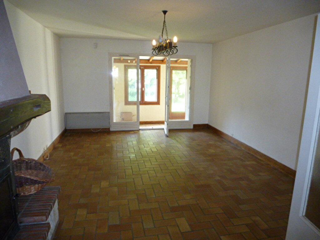Maison à louer 4 96m2 à Chaingy vignette-4