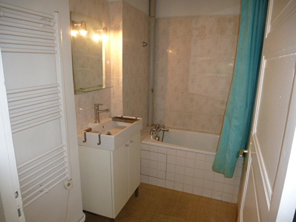 Appartement à louer 2 42.2m2 à Orléans vignette-7