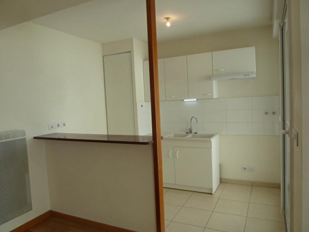 Appartement à louer 3 54.53m2 à Orléans vignette-6