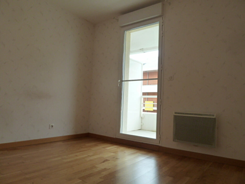 Appartement à louer 3 54.53m2 à Orléans vignette-11