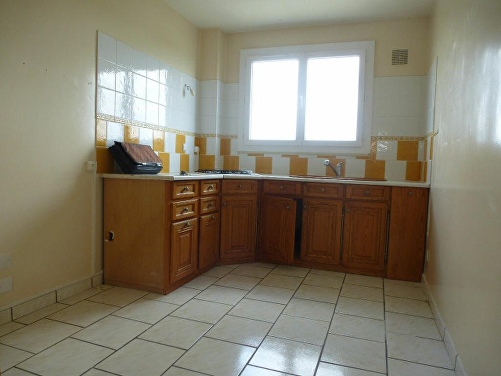 Appartement à louer 3 63.3m2 à Saint-Jean-de-Braye vignette-4