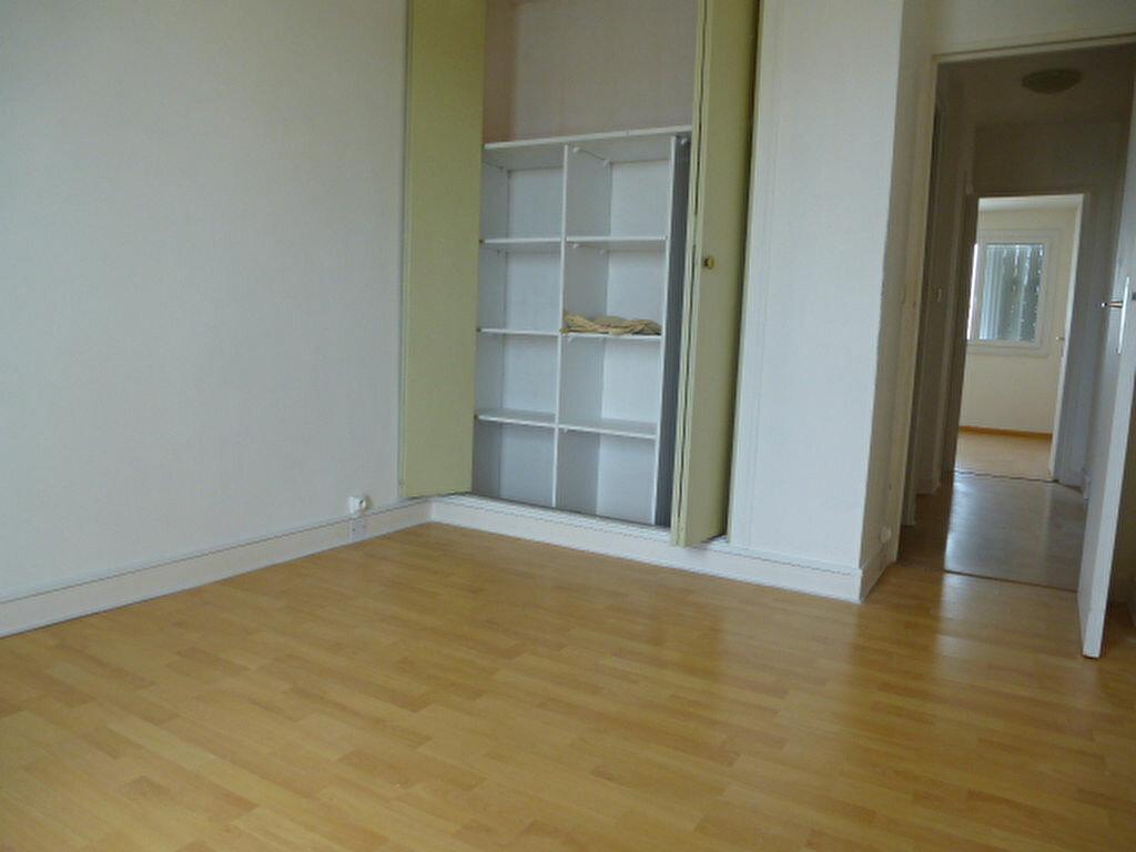 Appartement à louer 3 63.3m2 à Saint-Jean-de-Braye vignette-8