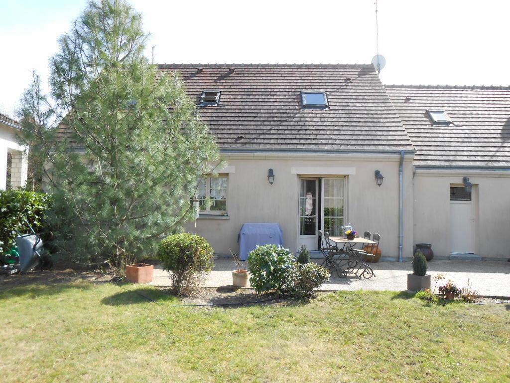 Maison à louer 5 107m2 à Fay-aux-Loges vignette-1