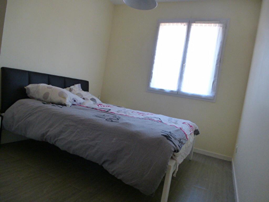 Appartement à louer 3 64.77m2 à Orléans vignette-5