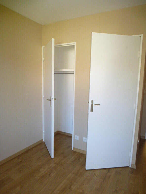 Appartement à louer 3 64m2 à Saint-Jean-de-Braye vignette-11