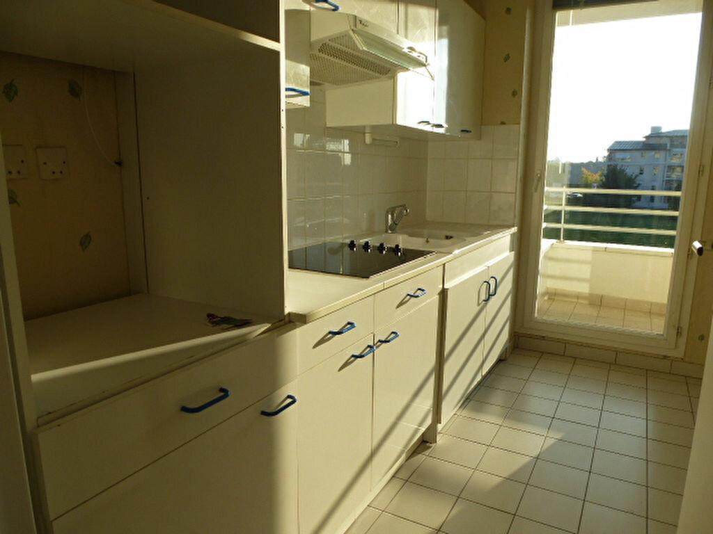 Appartement à louer 2 47m2 à Saint-Jean-de-Braye vignette-4