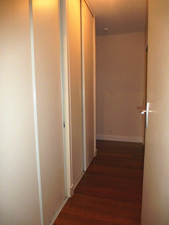 Appartement à louer 3 77m2 à Saran vignette-7