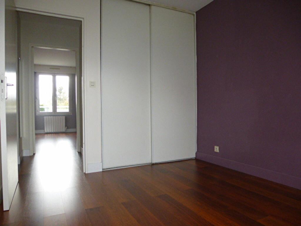 Appartement à louer 3 77m2 à Saran vignette-9