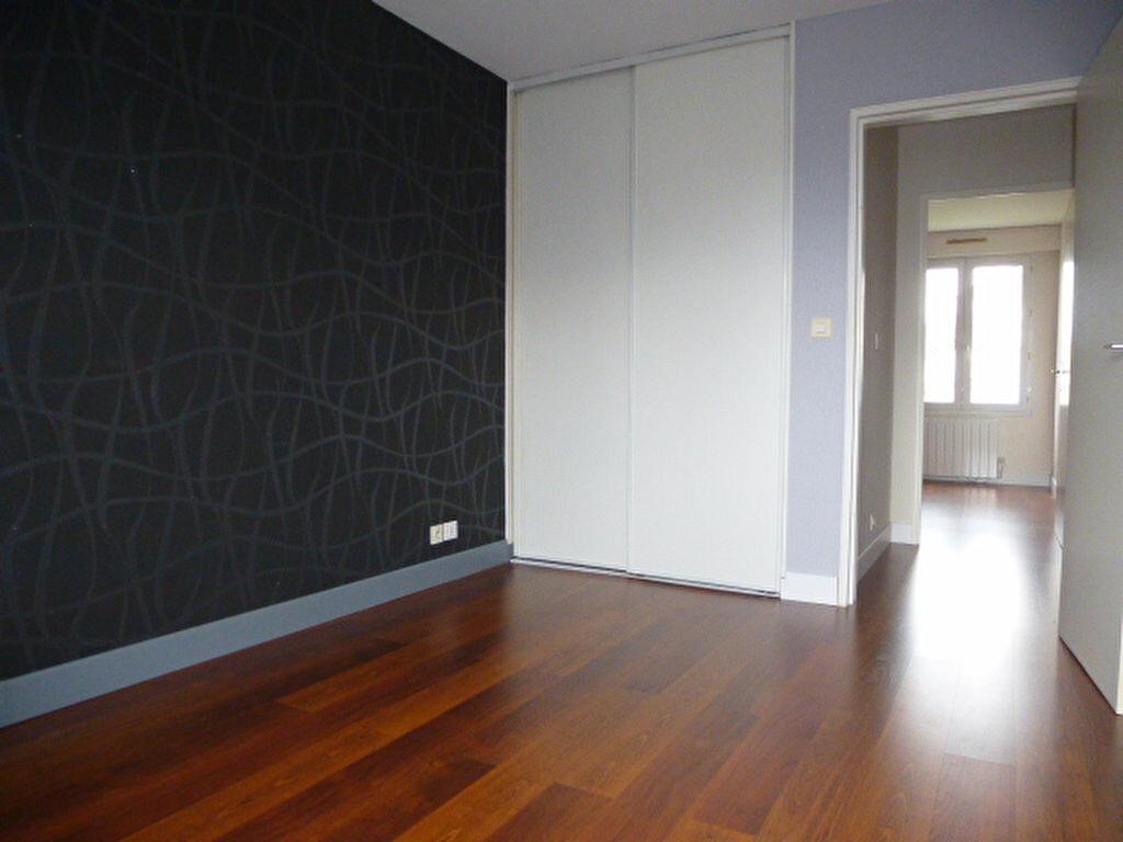 Appartement à louer 3 77m2 à Saran vignette-11