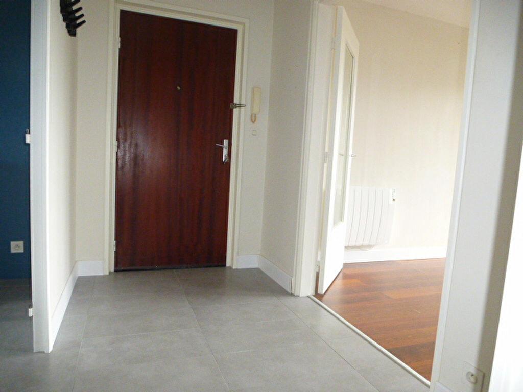 Appartement à louer 3 77m2 à Saran vignette-13