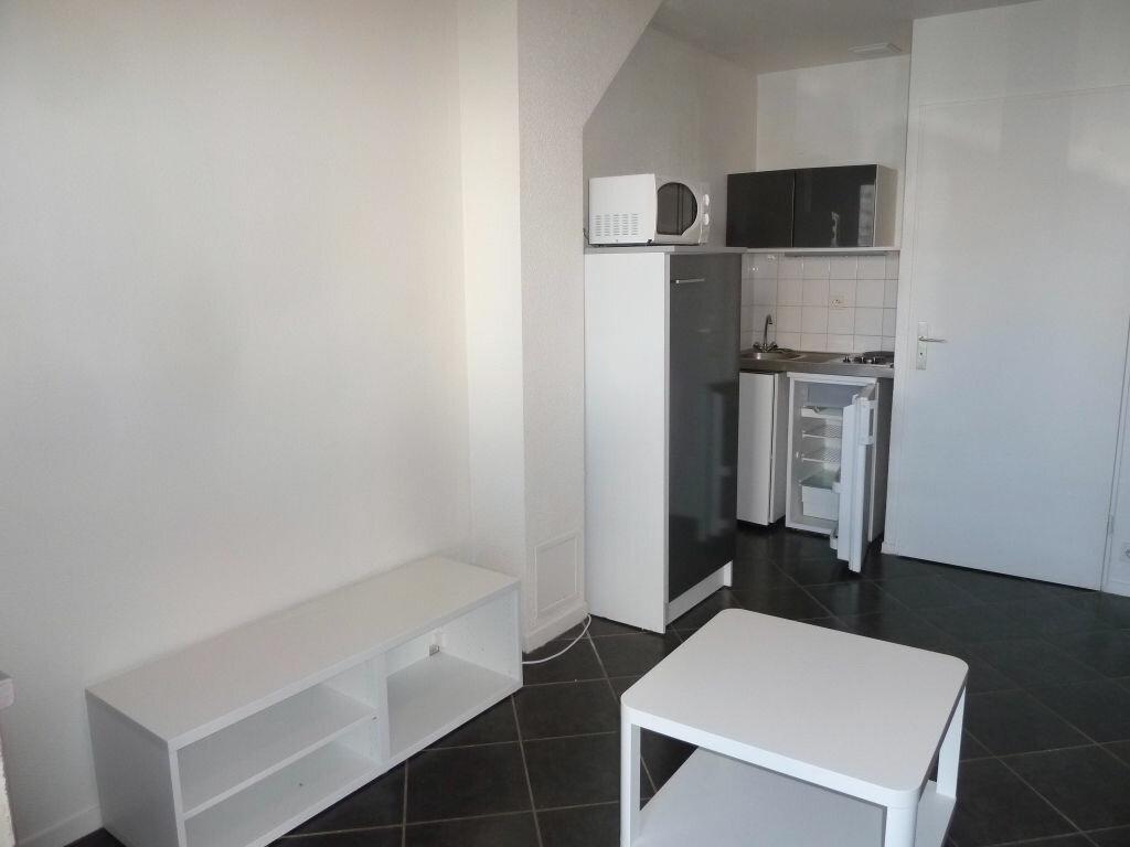 Appartement à louer 1 17m2 à Orléans vignette-8