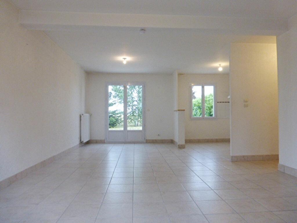 Maison à louer 4 89.93m2 à Ingré vignette-4