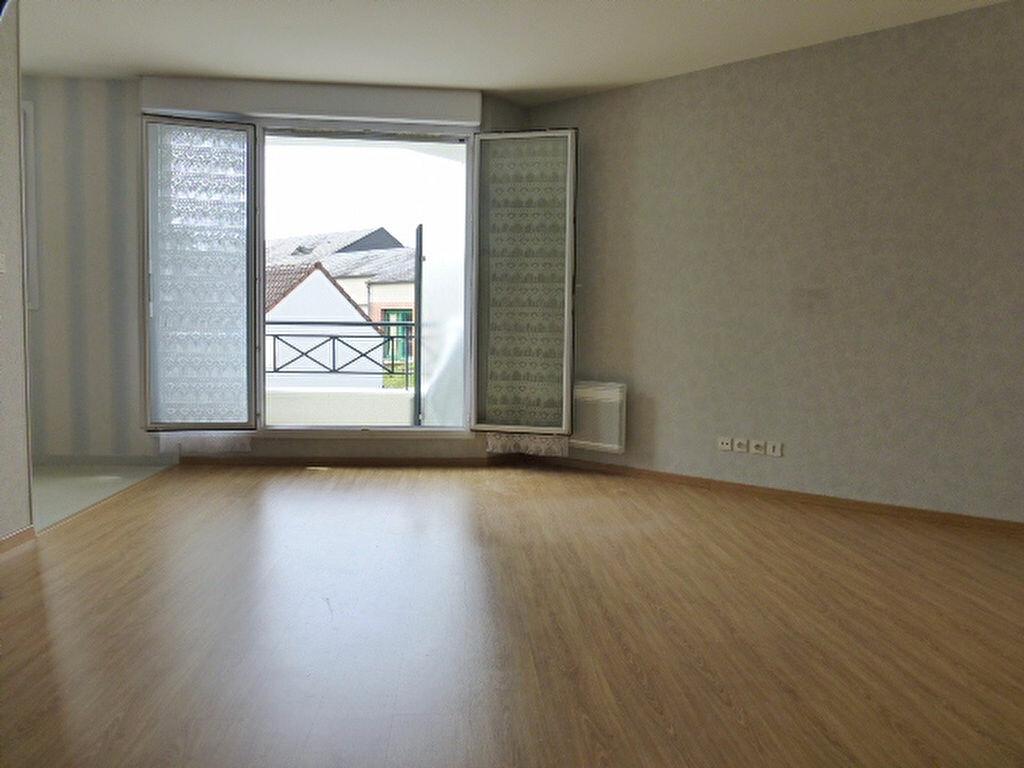 Appartement à louer 1 34.18m2 à La Chapelle-Saint-Mesmin vignette-2