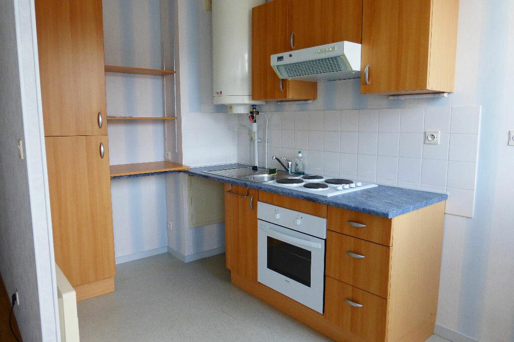 Appartement à louer 1 34.18m2 à La Chapelle-Saint-Mesmin vignette-6