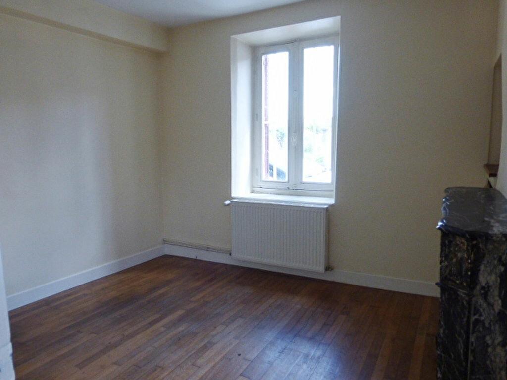 Maison à louer 7 240m2 à La Chapelle-Saint-Mesmin vignette-12