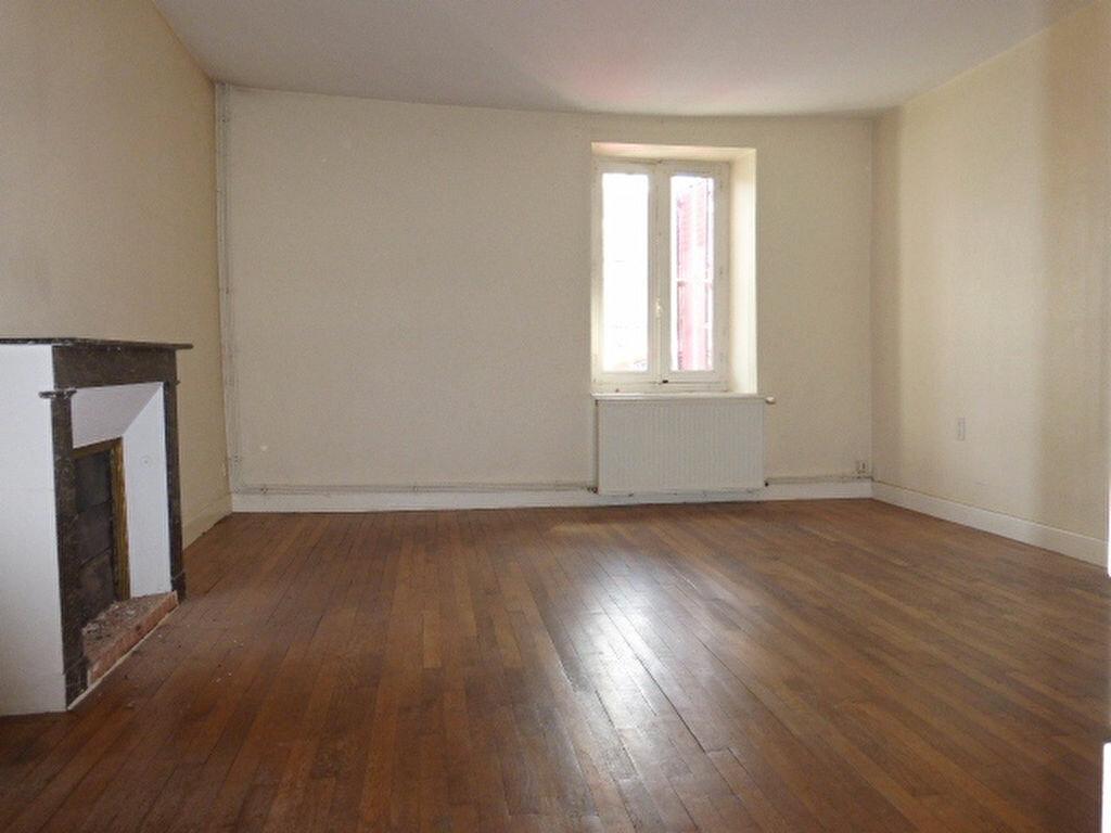 Maison à louer 7 240m2 à La Chapelle-Saint-Mesmin vignette-15