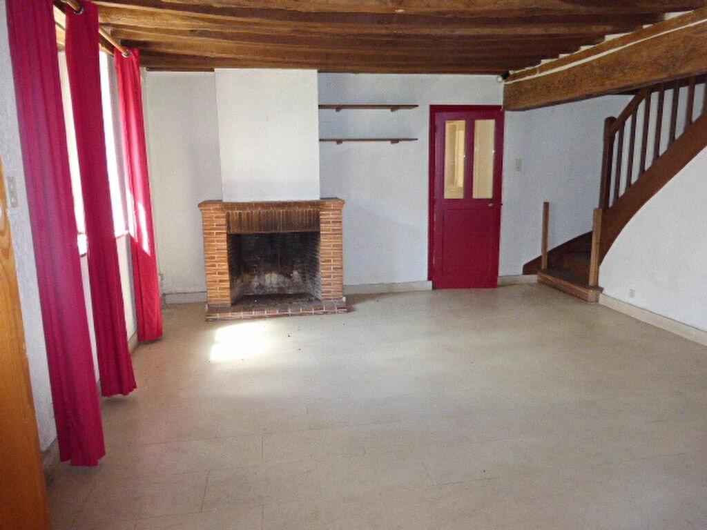Maison à louer 7 240m2 à La Chapelle-Saint-Mesmin vignette-16