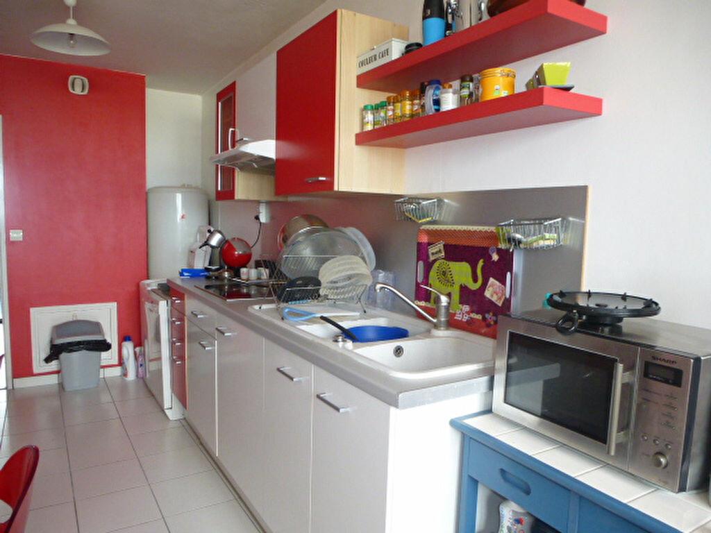 Appartement à louer 3 73m2 à Saint-Jean-de-la-Ruelle vignette-5