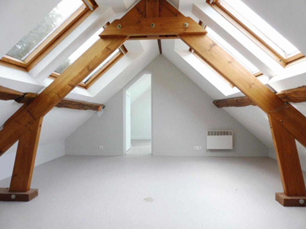 Maison à louer 3 65m2 à La Chapelle-Saint-Mesmin vignette-4
