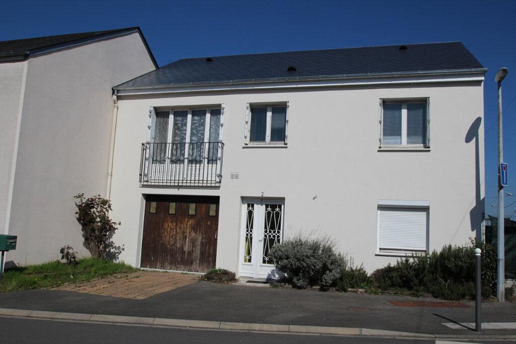 Maison à vendre 5 103.79m2 à Fleury-les-Aubrais vignette-1