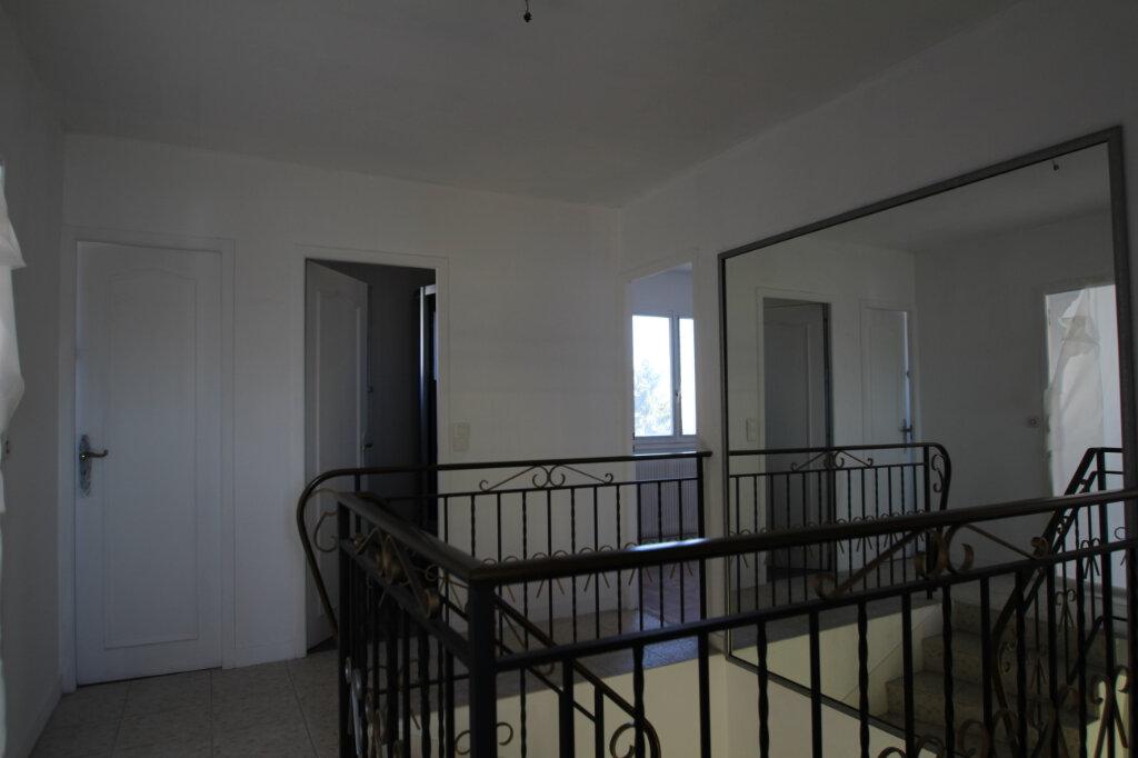 Maison à vendre 5 103.79m2 à Fleury-les-Aubrais vignette-5