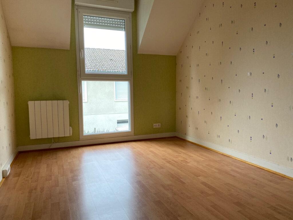 Maison à louer 4 71m2 à Fleury-les-Aubrais vignette-6
