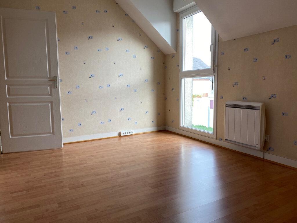 Maison à louer 4 71m2 à Fleury-les-Aubrais vignette-9