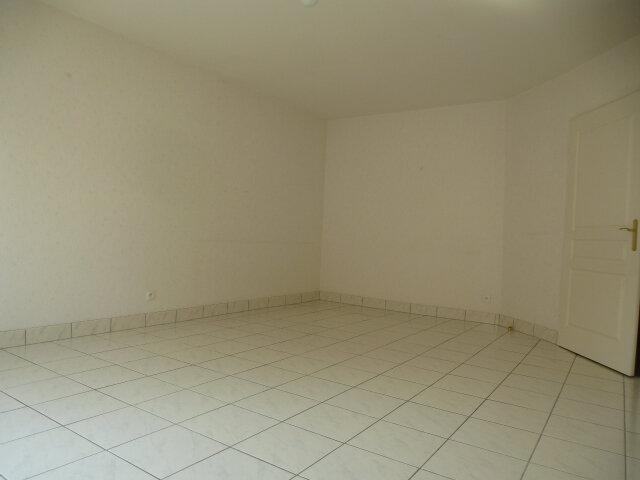 Appartement à louer 3 70m2 à Fleury-les-Aubrais vignette-6