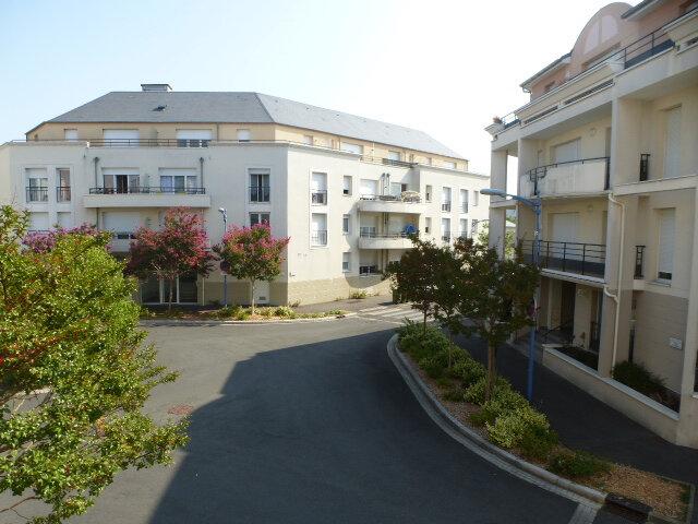Appartement à louer 3 70m2 à Fleury-les-Aubrais vignette-12