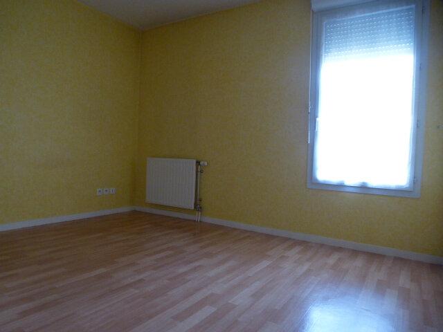 Appartement à louer 3 70m2 à Fleury-les-Aubrais vignette-13