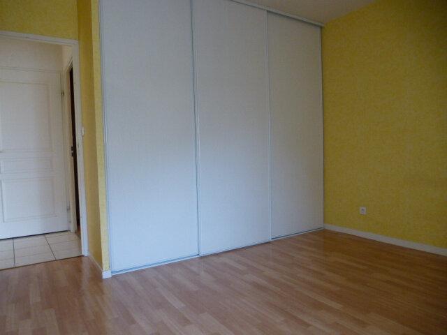 Appartement à louer 3 70m2 à Fleury-les-Aubrais vignette-14
