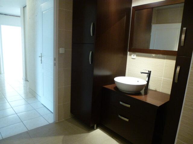 Appartement à louer 3 70m2 à Fleury-les-Aubrais vignette-16