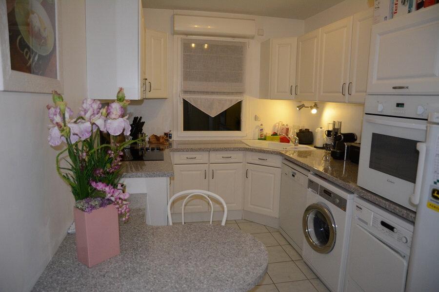 Appartement à louer 4 80m2 à Orléans vignette-6