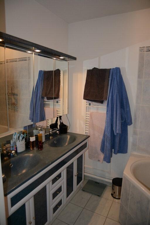 Appartement à louer 4 80m2 à Orléans vignette-8