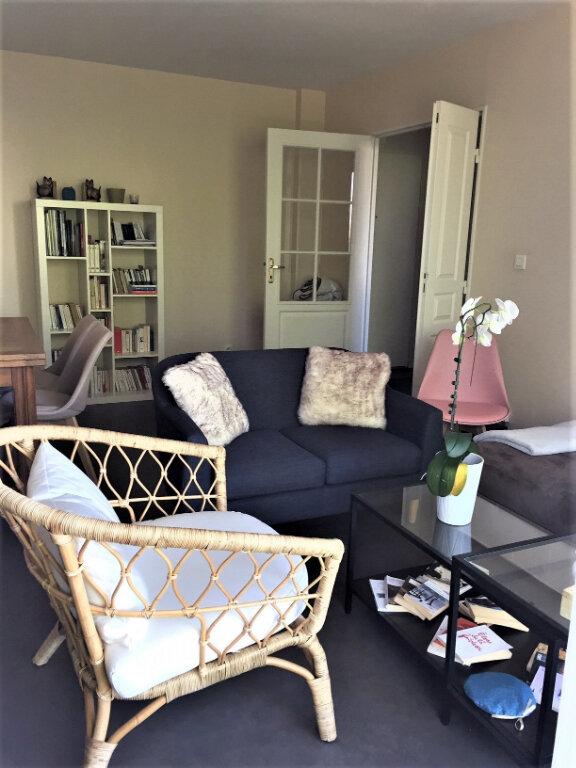 Appartement à louer 2 46m2 à Saint-Jean-de-Braye vignette-1